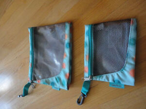 Brand new set of 2 Jansport green polka dot pencil cases pouch London Ontario image 4