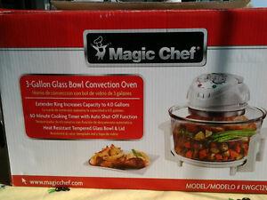 Magic Chef convection oven Peterborough Peterborough Area image 1