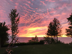 NEW, DELUXE BEACHFRONT ON LAKE HURON, GRAND BEND AREA