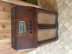Radio antique rca victor