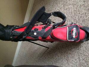 Right Handed Set of Junior Clubs