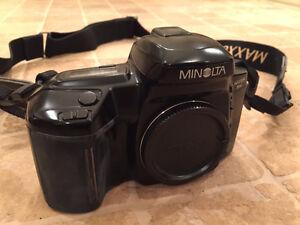 Caméra 35 mm Minolta Maxxum 5xi