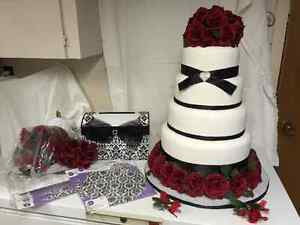 ARTIFICIAL WEDING CAKE AND LETTER BOX AND ACCESSORIES