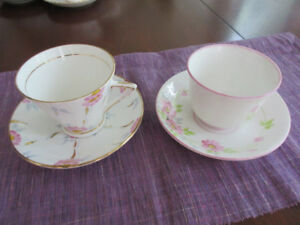 2 Stunning art deco handpainted cups and saucers