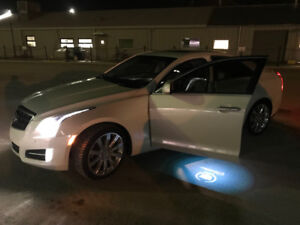 ! REDUCED! RARE PREMIUM AWD Cadillac *Mint* Fully Loaded