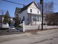 5 BED 2 STOREY HOME OR DUPLEX!