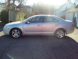 Ford Fusion 2006 SEL on very good condition