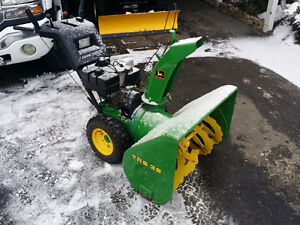 John Deere snowblower