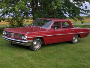 1962 Pontiac Laurention 4-door