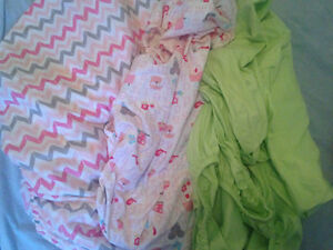 3 fitted crib sheets