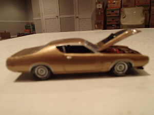 Loose Greenlight AUCTION BLOCK - 1971 '71 DODGE CHARGER R/T Gold