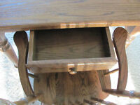 Mennonite Harvest Table w/6 chairs
