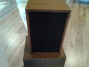Realistic MC-1000 speaker - one only
