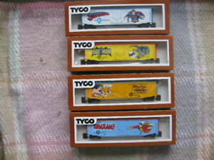 Batman Superman Shazam Wonder Woman Tyco 1970'S MIB HO Box Cars