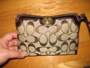 Authentic COACH small pouch wristlet , great styling