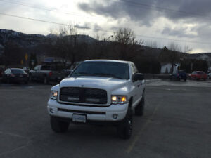 2004 Dodge Power Ram 1500 Larami Pickup Truck