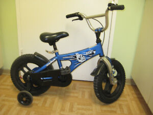 14'' bike HUMMER w/ training wheels in great gift condition