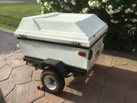 SMALL COVERED CARGO/UTILITY TRAILER