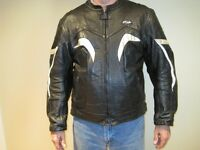 Leather Jacket Men's 2XL (fits like an XL)