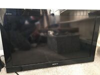 """Sony Bravia flat screen tv, 30"""" great condition"""
