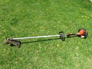 Débrousailleuse, coupe-herbe ECHO SRM-230