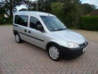 Vauxhall Combo Automatic Diesel WINCH Gowrings Wheelchair Disabled Access WAV