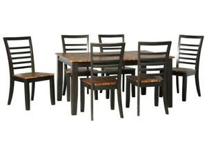 FLOOR MODEL CLEARANCE: Ashley Quinley Dining Table