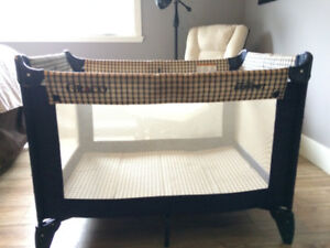Pack N Play - Playpen