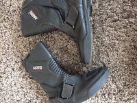 Akita leather bike boots