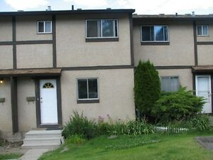 3 + 1 bedroom townhouse Sahali Riverview Village May 01