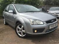 2005 Ford Focus 1.6 Titanium 4dr FULL SERVICE HISTORY Leather Interior Xenons