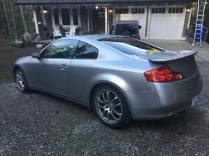2004 Infiniti G35 sport Coupe (2 door)