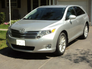 2011 Toyota Venza Wagon-  Same Family Since NEW