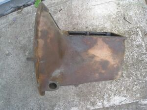 1935 Ford transmission case and gear set