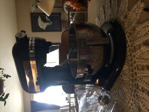 Kitchen aid mixer 5th edition used twice