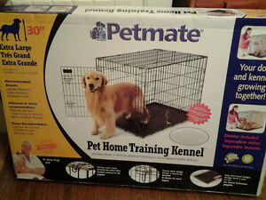 Large dog crate with divider Cambridge Kitchener Area image 1