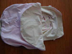 JJ Cole bundleme (pink) like new condition