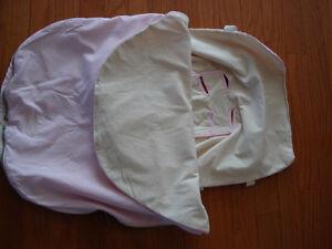 JJ Cole bundleme (pink) like new condition