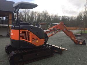 Hitachi ZX27 Excavator