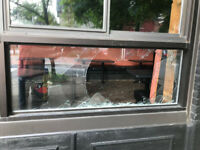 #1 Broken Glass Replacement Specialists call 613-519-4244
