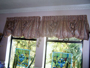 Beautiful Window Topper Cutains Campbell River Comox Valley Area image 3