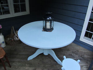solid pine table