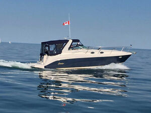 Great Rinker 342 with very low hours.