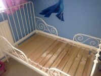 Toddler extendable bed