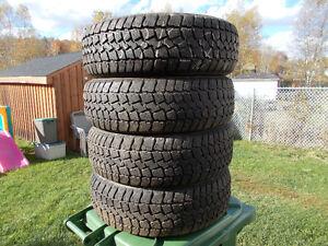 p185/65/15 inch Studded Winter Tires / GOOD DEAL / GOOD TREAD