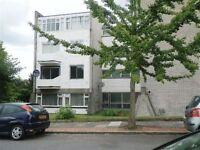 2 bedroom flat in Nether Street, Finchley, N31