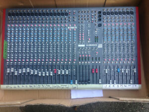 Allen heath 24 channel mixer