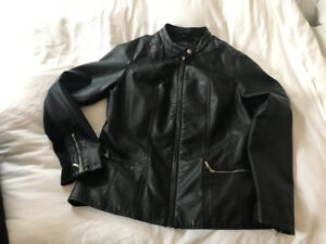 1x black coat