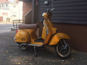 2012 Genuine Stella Scooter with accessories