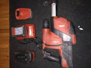 Hilti TE 6-A36 Hammer drill w/ vacuum attachment and C 4/36 350